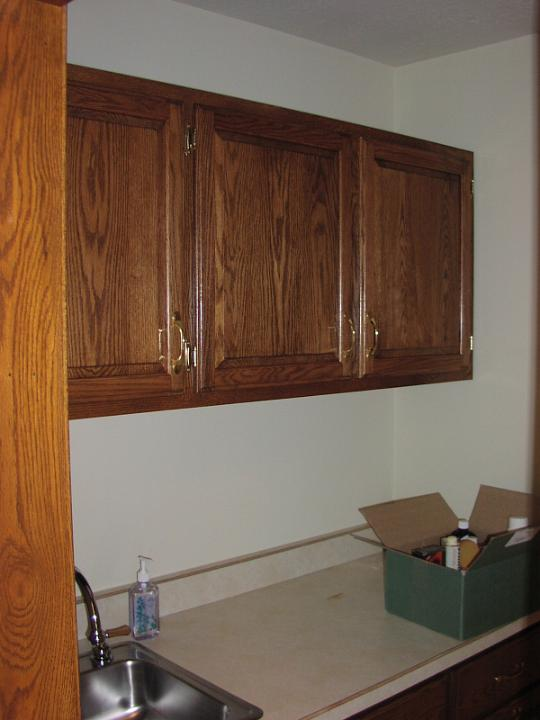 13laundry room wall cabinetjpg