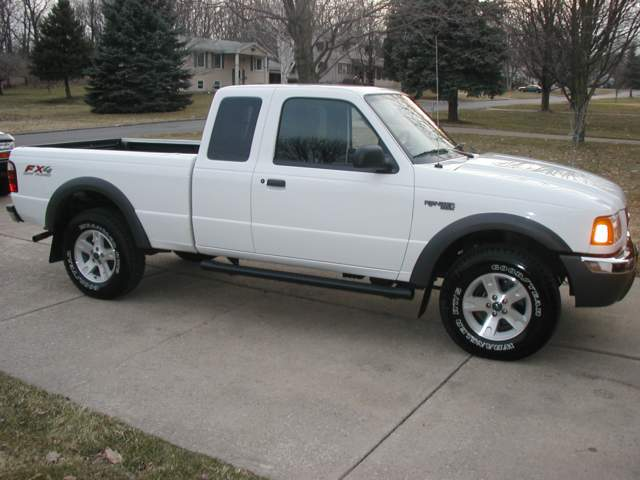 http://www.mp3car.com/vbulletin/show-off-your-project/32656-2003-ford-ranger